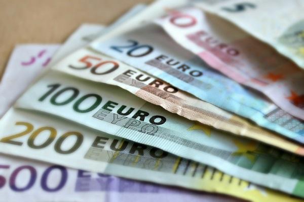 Mehr Geld für die Hauswirtschaft